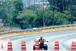 Informa: Puente Coatzacoalcos 1: Cerrado a la circulación. Abre nuevamente a las  23:59 hrs. 27/abr/2014