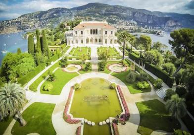 La Costa Azul francesa a vista de dron