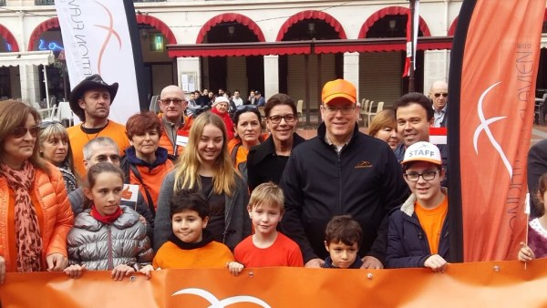 Marcha contra cancer infantil en Monaco