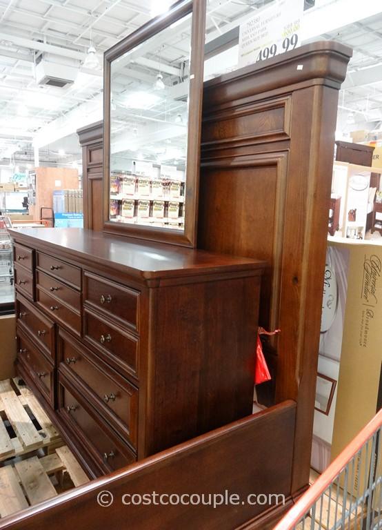 Universal Furniture Bedroom Sets Universal Furniture Bedroom Sets