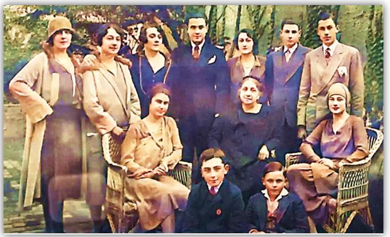 Mebri ai Familiei Filitti
