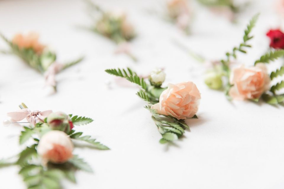 boutonnières at flora corner farm photographed by costola photography