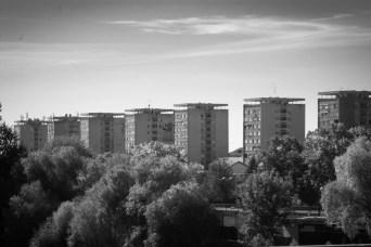 Simetrie in beton - Calea Romanilor
