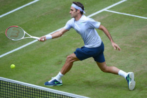 federer-fh-volley-finish