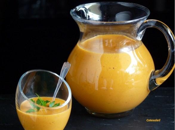 Velouté de tomate lait de coco & curry