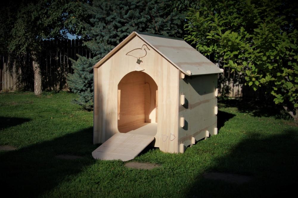 Goose-duck cottage