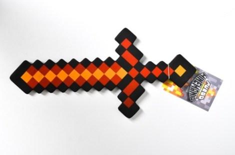 Espada Chica Fuego Minecraft