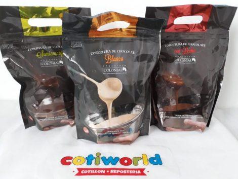 "Cobertura chocolate ""Colonial"" x1kg. (semi, blanco y con leche)"