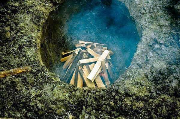 выжигание угля в яме