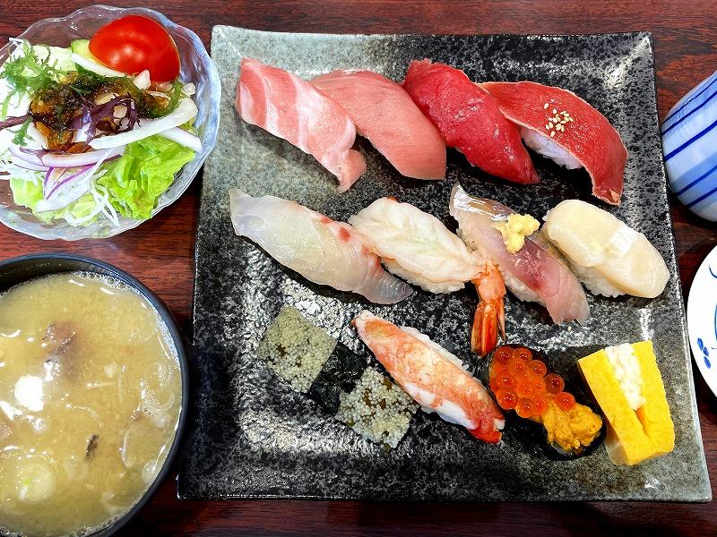 秋田市回鮮まぐろ亭寿司ランチ4