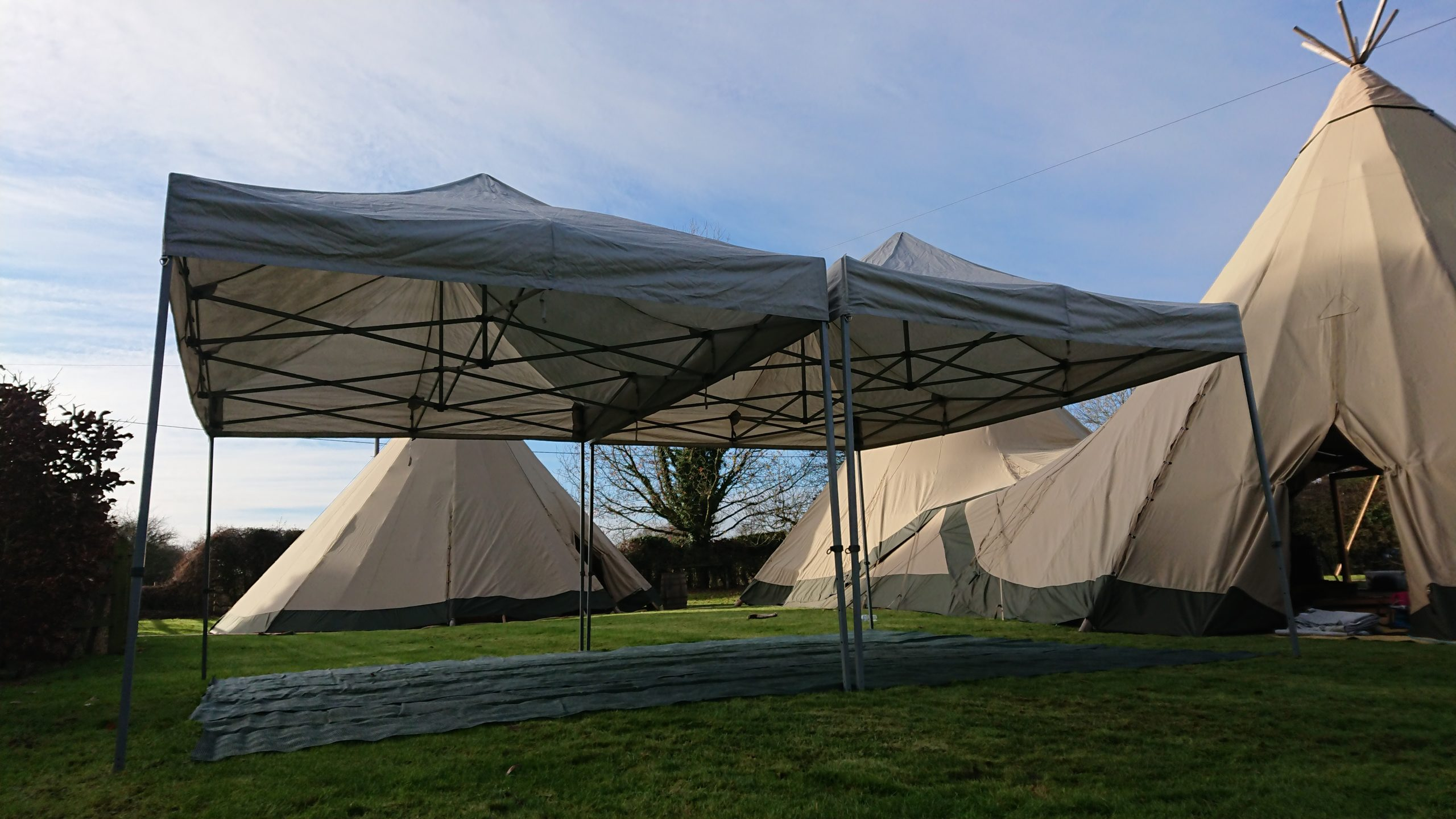 4.5 x 6 metre catering tent by Cotswold Tipis