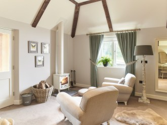 The-Fish-Hotel-Farncombe-Estate-fireplace2