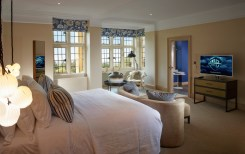 Cotswold-Village-Rooms-Foxhill-Manor-birch-room