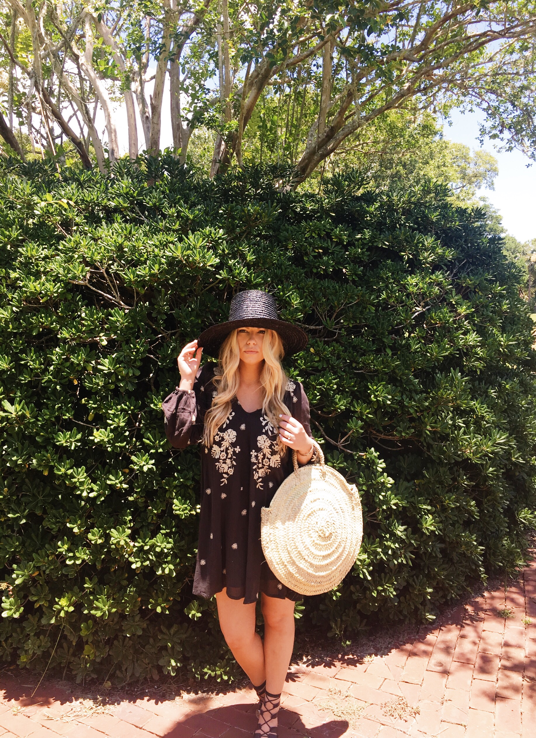 STRAW HAT WITH DRESS