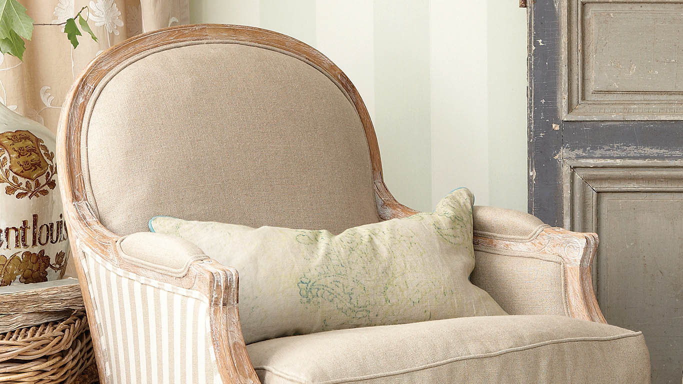 Cottage Furniture Basics: Bergere Chairs