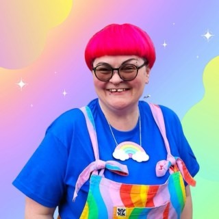 LOVE this photo of the beautiful 🌈 @apmetalsmith 🌈 in all her rainbow-y glory! (Anna also makes incredible colourful metal gifts and jewellery so go give her a follow!)  Want your own sparkly rainbow necklace? Grab one for just £12 in the shop. I have tons of other sparkly rainbow goodies on there as well 😘  Don't forget, 10% of all profits this month will be going to @mindoutlgbtq 🏳🌈  Have a wonderful Fri-yay!   . . . . . . . . #Handmade #handmadebusiness #handmadeisbetter #handmadelove #makersgonnamake #makersofinstagram #shopsmallbusiness #craftsposure #coloraddict #colorfullife #colormehappy #ihavethisthingwithcolor #crafttherainbow #ilovecolor #livecolorfully #handmadejewelry #shopsmall #shoplocal #smallbusiness #danglyearrings #cuteearrings #earringswag #brightoncraft #veganjewelry #vegan #indieroller #btnetsy #kawaiistyle