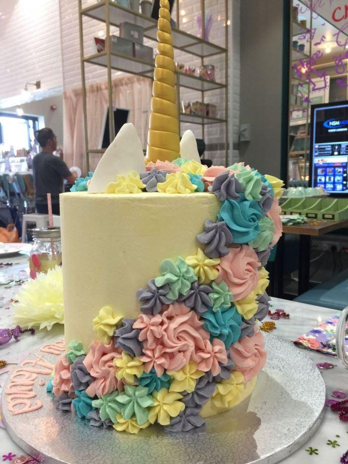 Unicorn party at Ella's Creamery