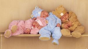 3 beaux bébés font dodo