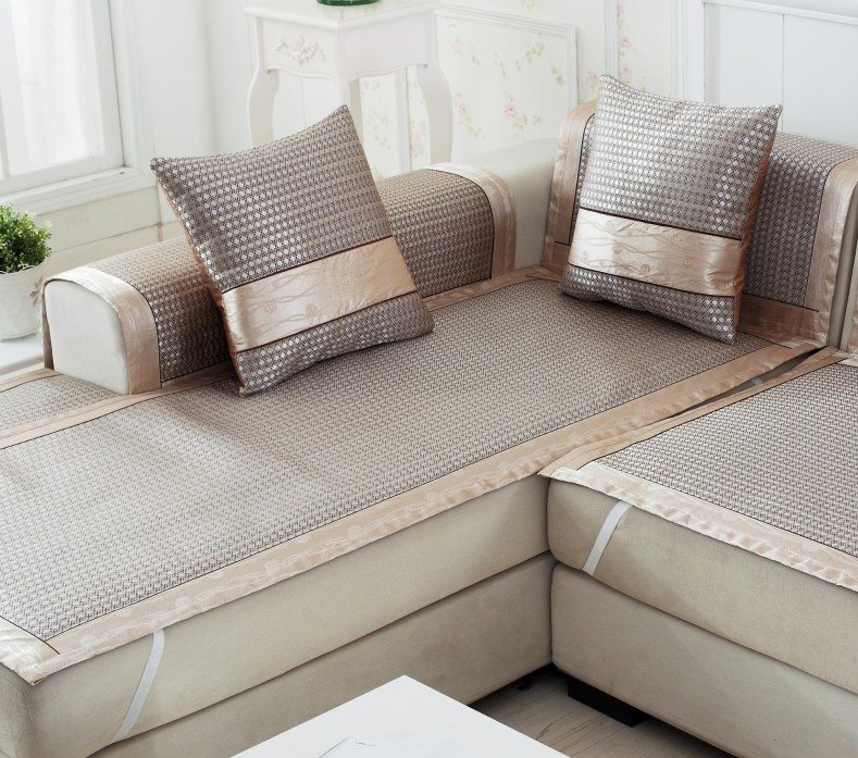 The Lazy Mans Guide To Sofa Slipcovers Sofa Slipcover