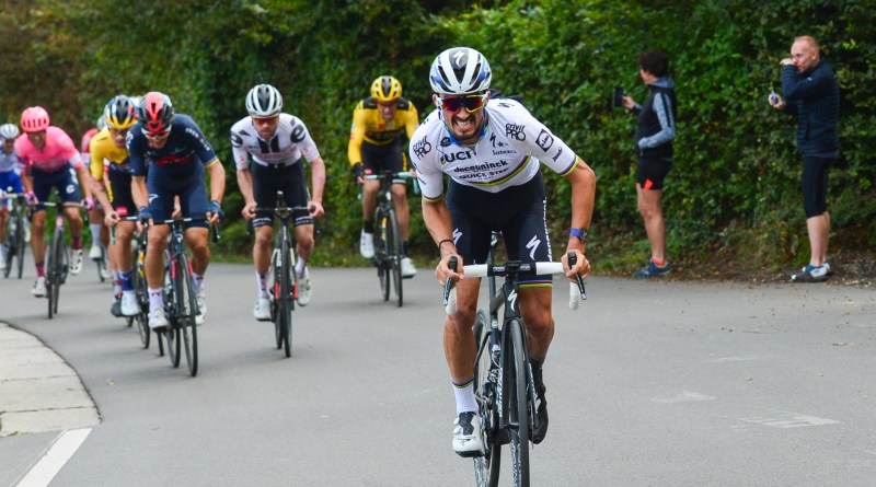 Julian Alaphilippe in action at the 2020 Liege-Bastogne-Liege