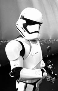 Adam-Greaves-Star-Wars-MCM-ComicCon-2016-03