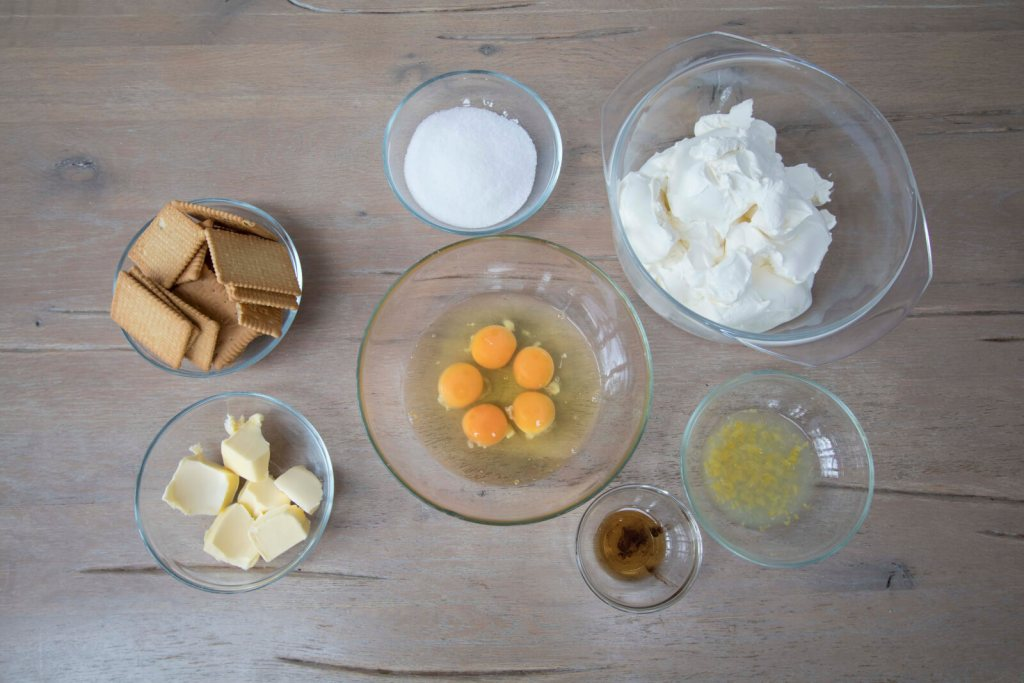 Best-New-York-Cheesecake-ingredients-from-scratch