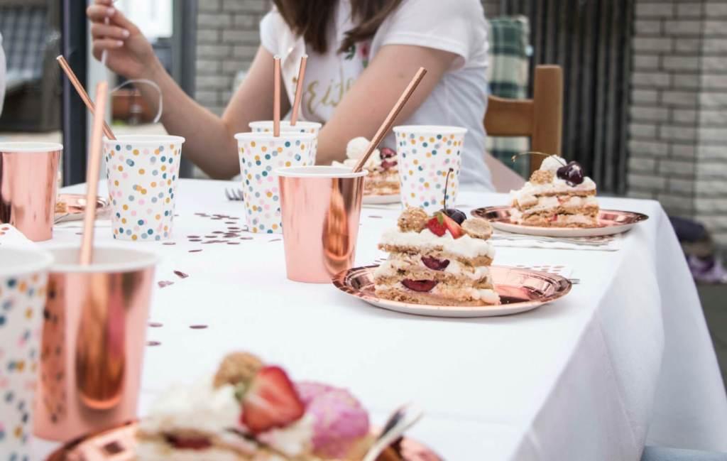Cream-Tart-Ring-cake-bridal-shower-party