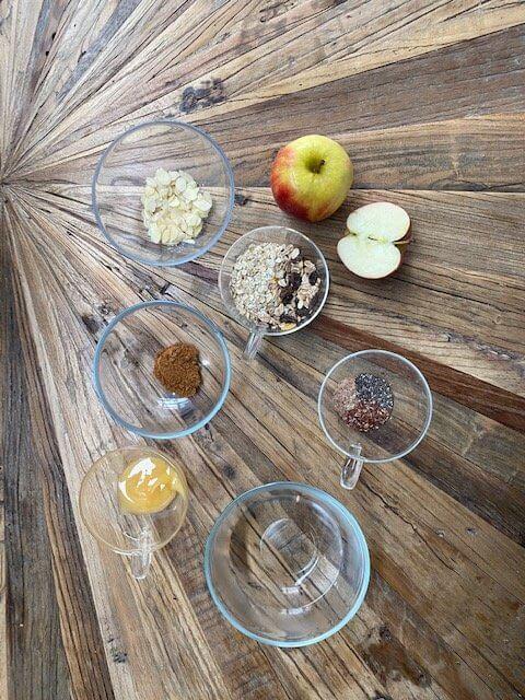 apple-cinnamon-porridge-ingredients-apfel-zimt-porridge-zutaten