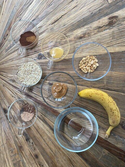 chocolate-peanut-butter-porridge-ingredients-schoko-erdnuss-porridge-zutaten