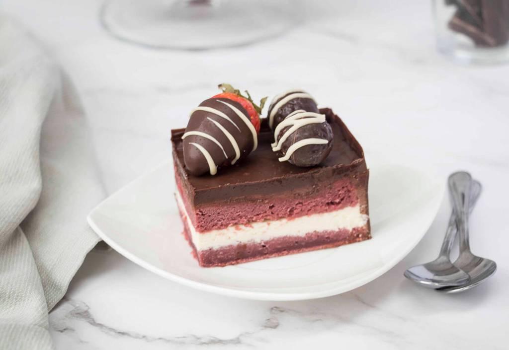 Valentines-Day-Chocolate-Box-Cake-Valentinstag-Torte-Pralinenschachtel-Torte-muttertags-torte ( (4)