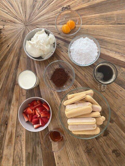 strawberry-tiramisu-ingredients-erdbeer-tiramisu-zutaten (2)