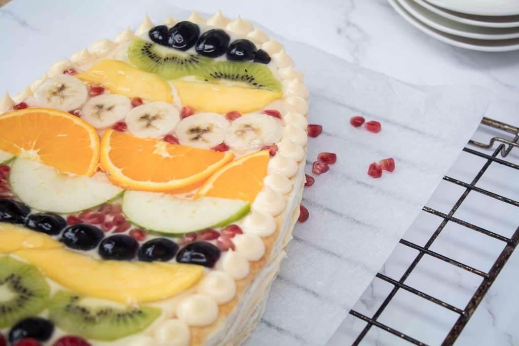 Easter-Egg-Cake-recipe-Fruit-Tart-Ostereitorte-Obsttarte (31)