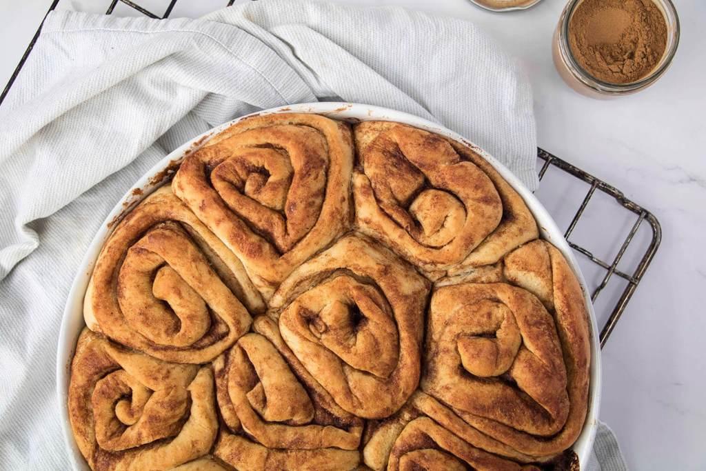vegan-Cinnamon-Rolls-recipe-vegane-Zimtschnecken-rezept (7)