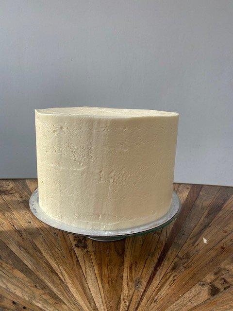 small-wedding-cake-elegant-romantic-kleine-hochzeitstorte-mit-blumen1 (4)