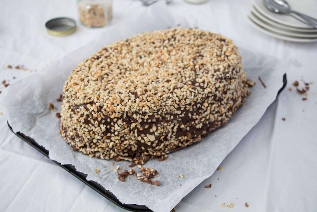 Giant-Kinder-Maxi-King-Cake-Riesen-Kinder-Maxi-King-Torte (3)