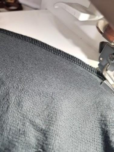 4 épaisseurs de jersey avec la surjeteuse