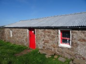Up close at Strathchailleach bothy.