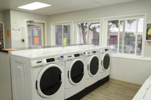 cougar ridge apartments laundry room