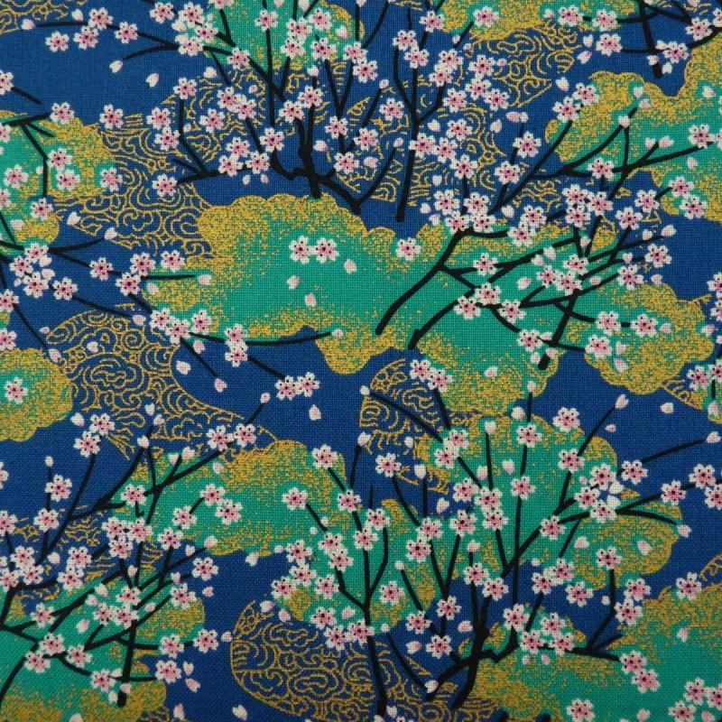 tissu japonais bleu vert et dore aux motifs de cerisiers a fleurs rose pale
