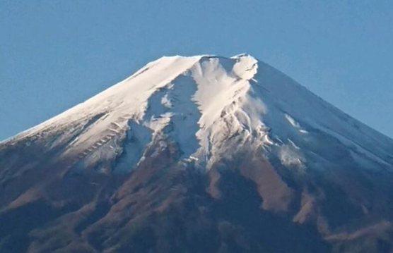 山梨県側から見た富士山