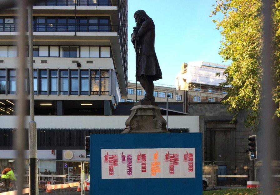 day-statue1-copy