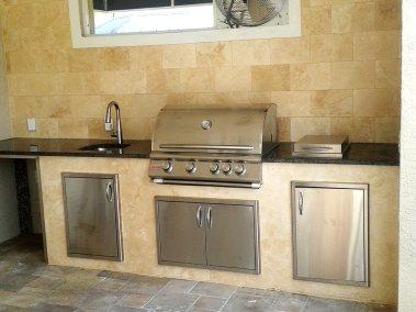 outdoor-kitchen-grill