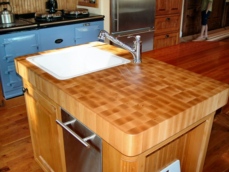 Butcher Block Kitchen Countertop Cost : Maple Butcher Block Countertops Buying Guide - Countertops FAQ
