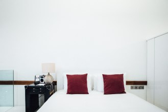 town-hall-hotel-wedding-london-0070