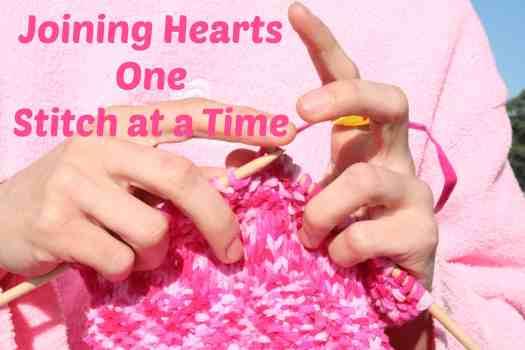 Pink_knitting_in_front_of_pink_sweatshirt