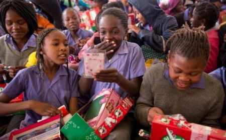 Samaritan's Purse - Operation Christmas Child - Build a Shoebox