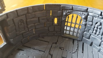 Games Workshop Witchfate Tor - Walls do not line up properly and leave gaps between the 'stones'