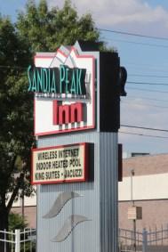 Arrivée au Sandia Peak Inn, Albuquerque. Oui il y a bien un jacuzzi !