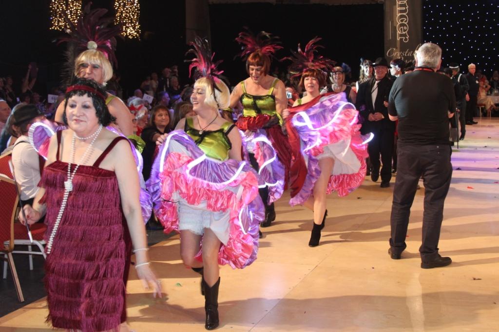 Danseuses (et danseurs!) de French Cancan