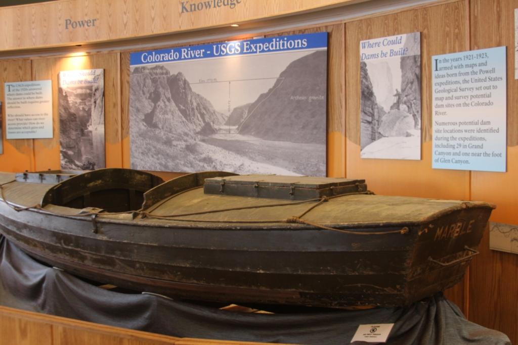 Lac Powell - Canot utilisé par les explorateurs